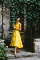 Yellow Chiffon in a Courtyard in the Passage du Commerce-Saint-Andre