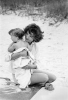 Jacqueline and Caroline Kennedy on the beach in Hyannis Port, 1959