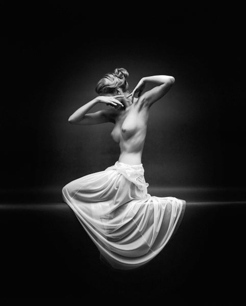 Mark Shaw Black and White Photograph - Vanity Fair Nude Front