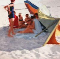Isca Greenfield-Sanders - Bright Beach