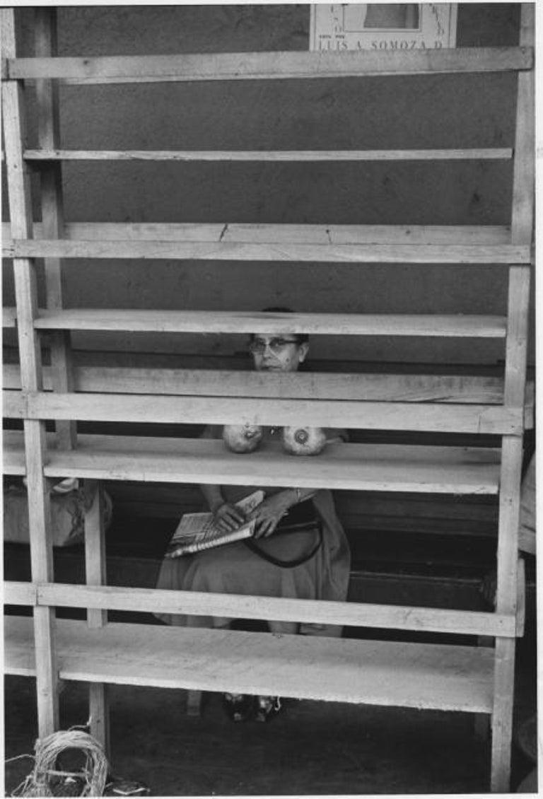 Elliott Erwitt Black and White Photograph - Managua, Nicaragua, 1957