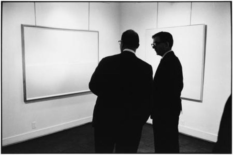Elliott Erwitt Black and White Photograph - New York City, 1963
