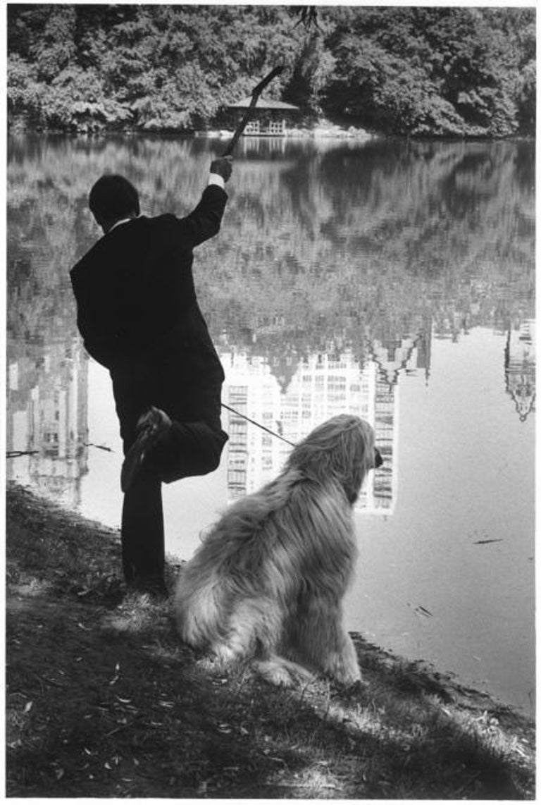 Elliott Erwitt Black and White Photograph - New York City, 1990