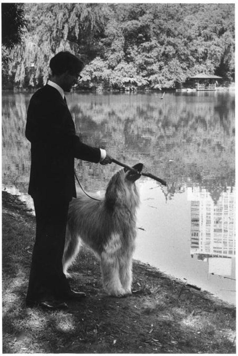 Elliott Erwitt Black and White Photograph - New York City, 1990