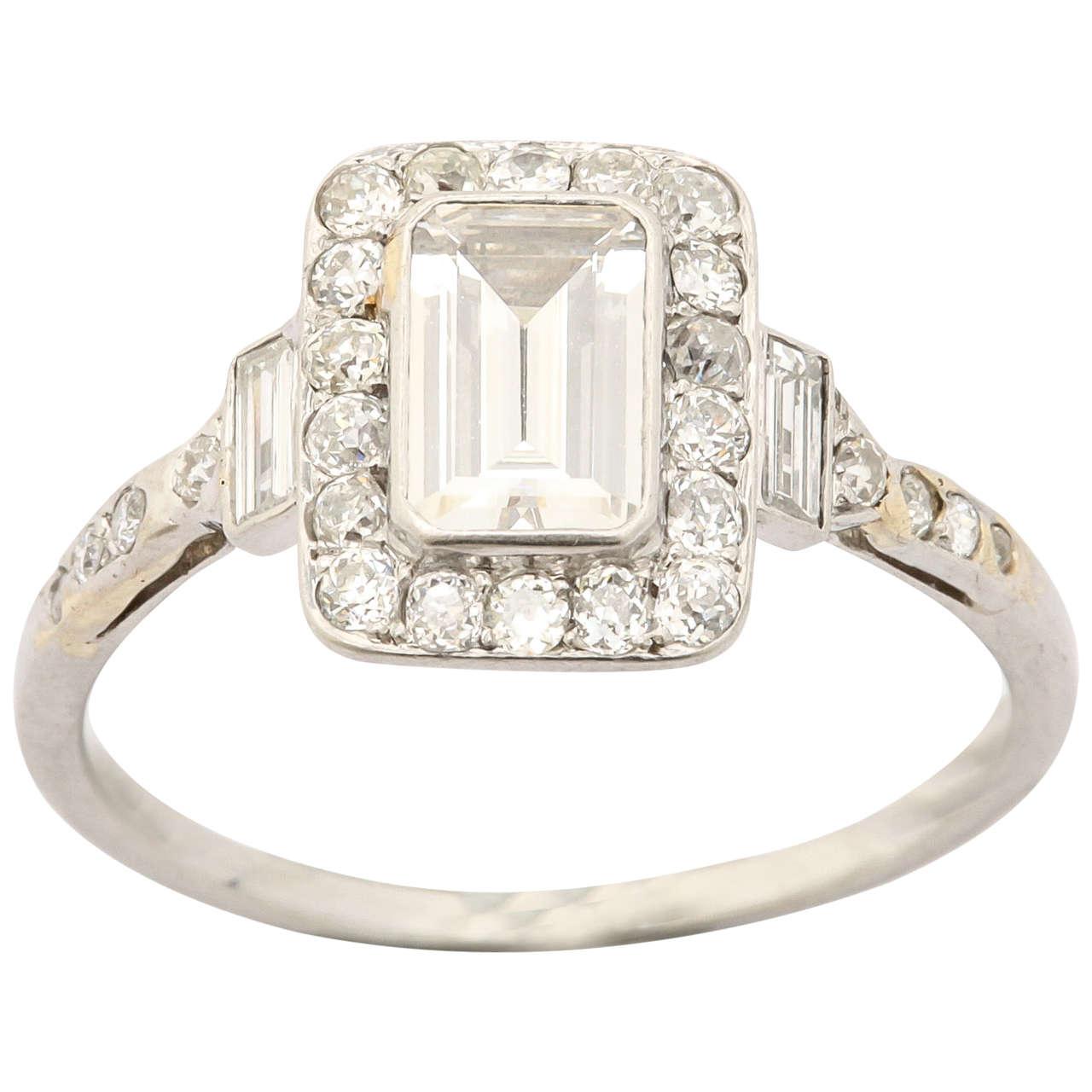 emerald cut diamond platinum ring for sale at 1stdibs. Black Bedroom Furniture Sets. Home Design Ideas