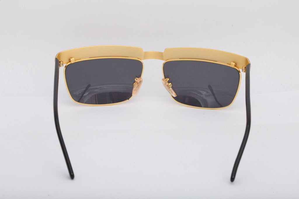 d0466e83db Versace Sunglasses Mod S 82 For Sale at 1stdibs