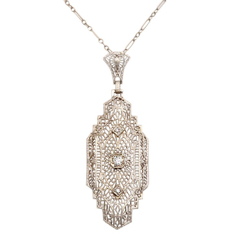 Art deco 39 lighter than air 39 diamond pendant for sale at 1stdibs for Air deco
