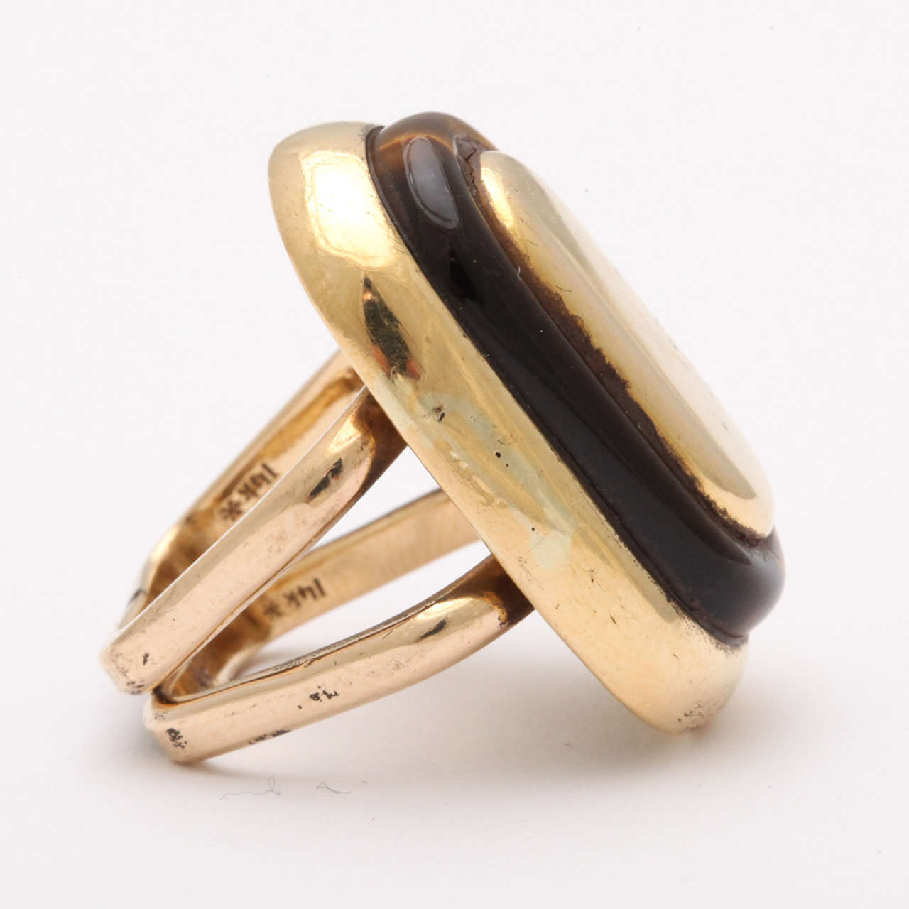 Mid Century Tiger's Eye Gold Ring In Excellent Condition For Sale In New York, NY