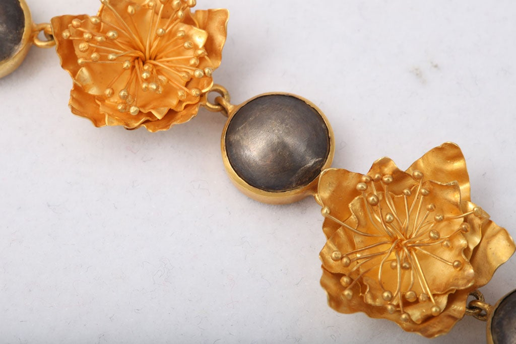 Gold Silver Flower Choker or Bracelet In Excellent Condition For Sale In Fifth Avenue, NY