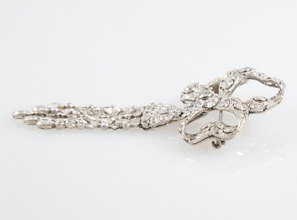 Edwardian Diamond Platinum Tassel Bow Brooch For Sale 4