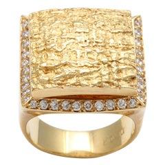 DENAR TEXTURED GOLD & DIAMOND RING
