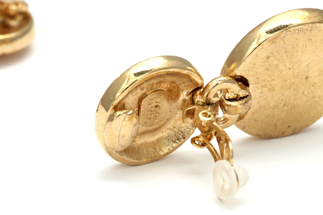 Women's Gianni Versace white and gold dangling earrings with Medusa motifs For Sale