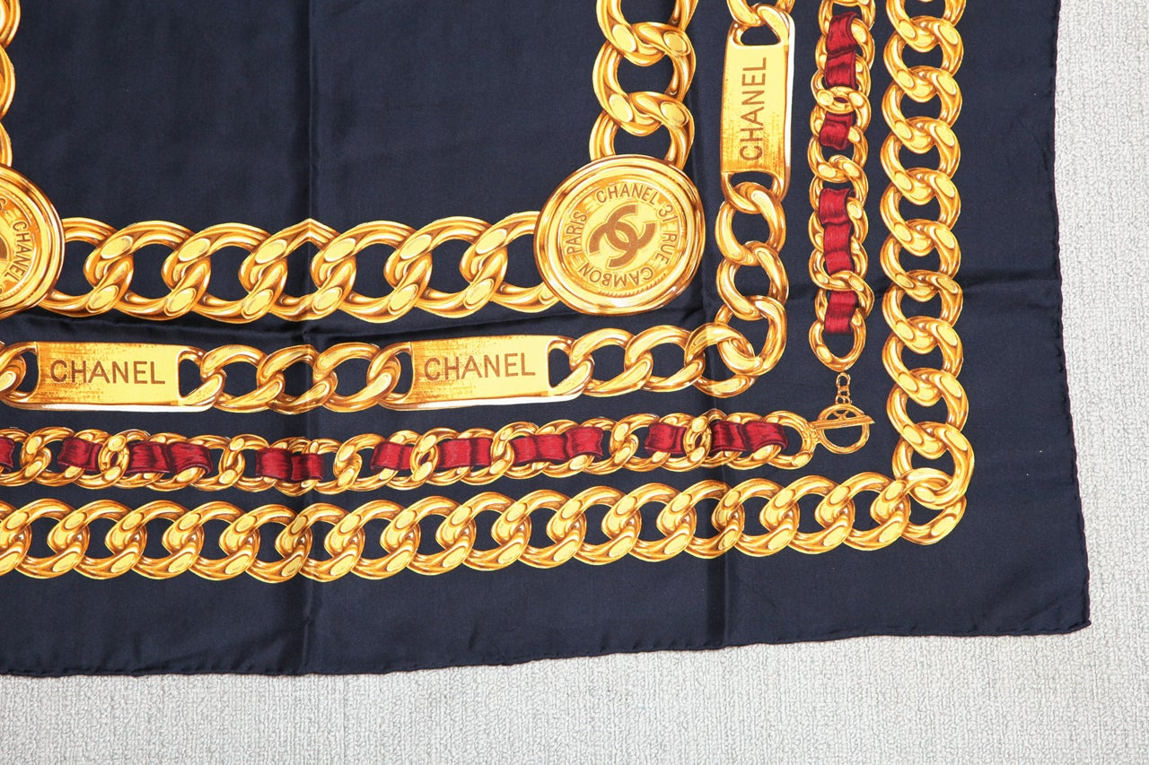 CHANEL ICONIC CHAIN MOTIF SCARF NAVY 3