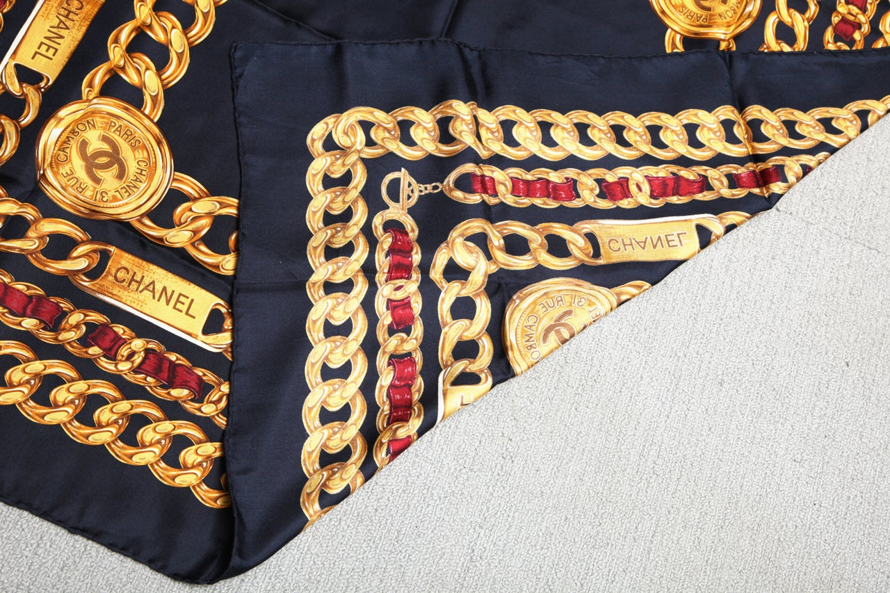 CHANEL ICONIC CHAIN MOTIF SCARF NAVY 7
