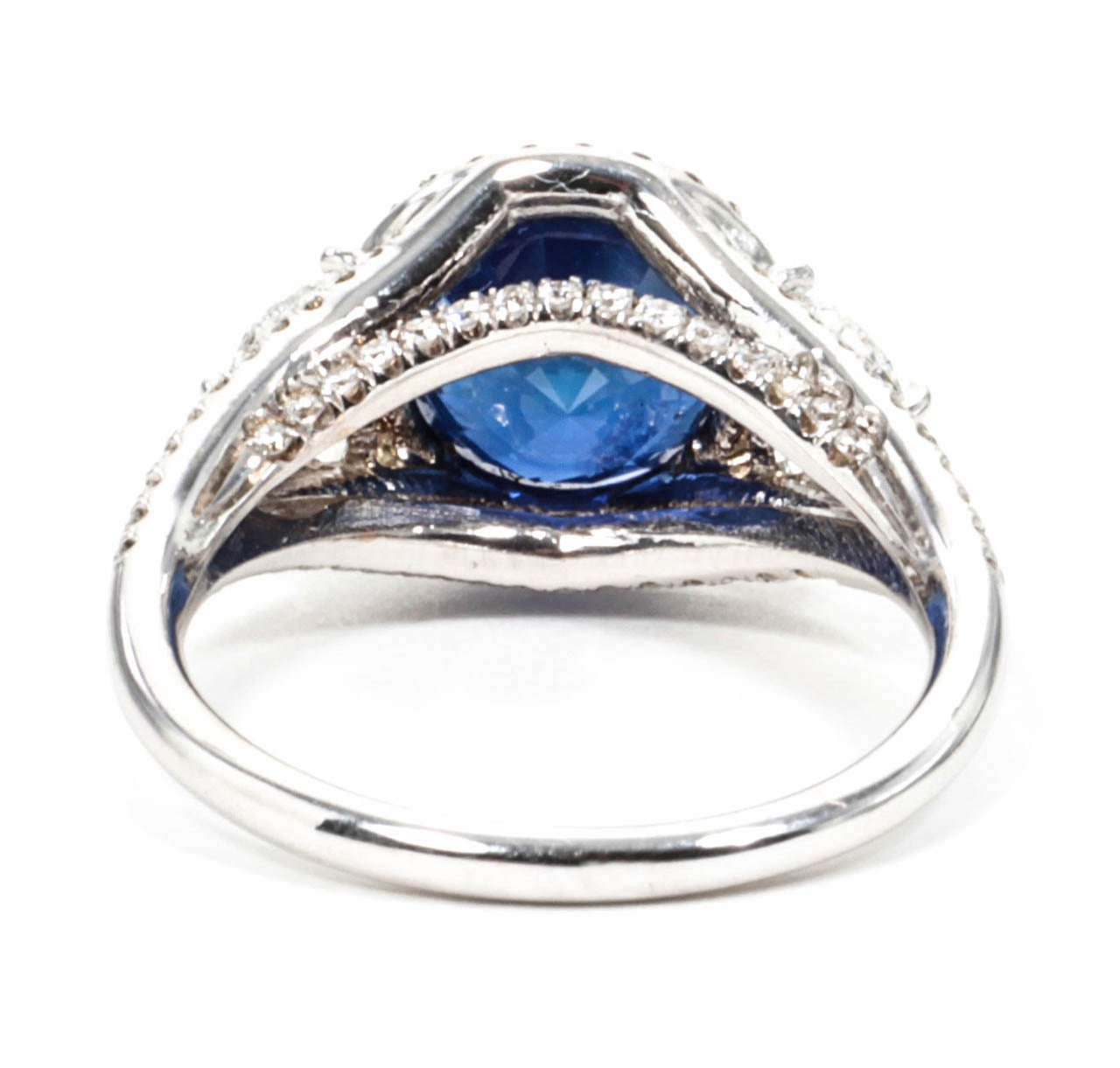 Women's Certified Rare Natural No Heat Round Sapphire Diamond Ring For Sale