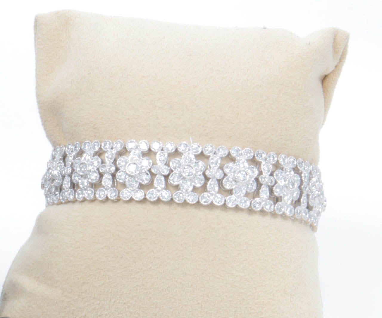 Engraved Diamond Floral Bracelet In Excellent Condition For Sale In New York, NY