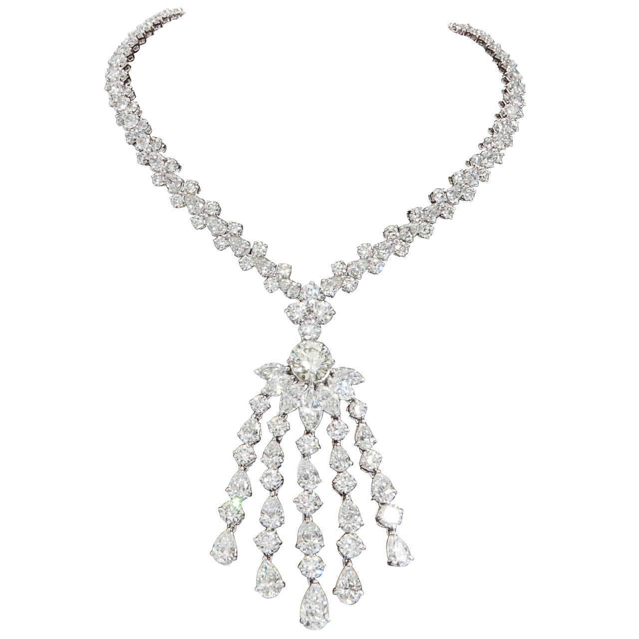 Important Diamond Tassel Necklace Set in Platinum