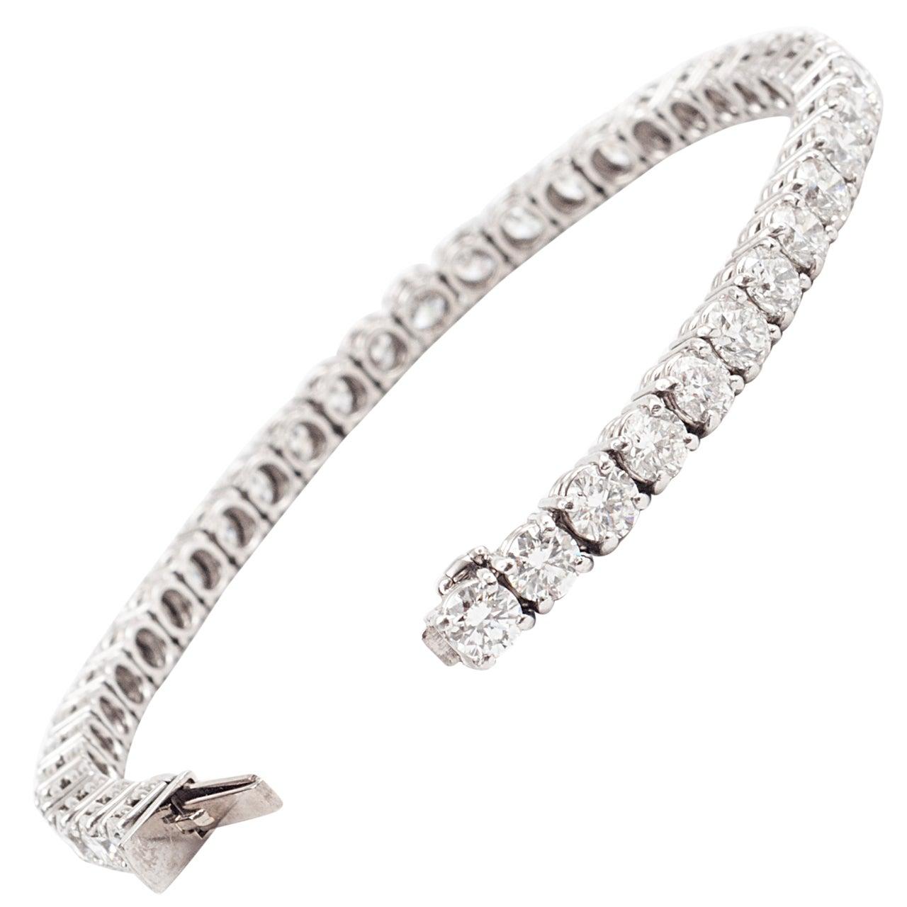 Platinum and Premium Cut Diamond Tennis Bracelet
