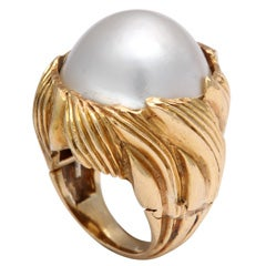 Floral Mabe Pearl Gold Dome Ring