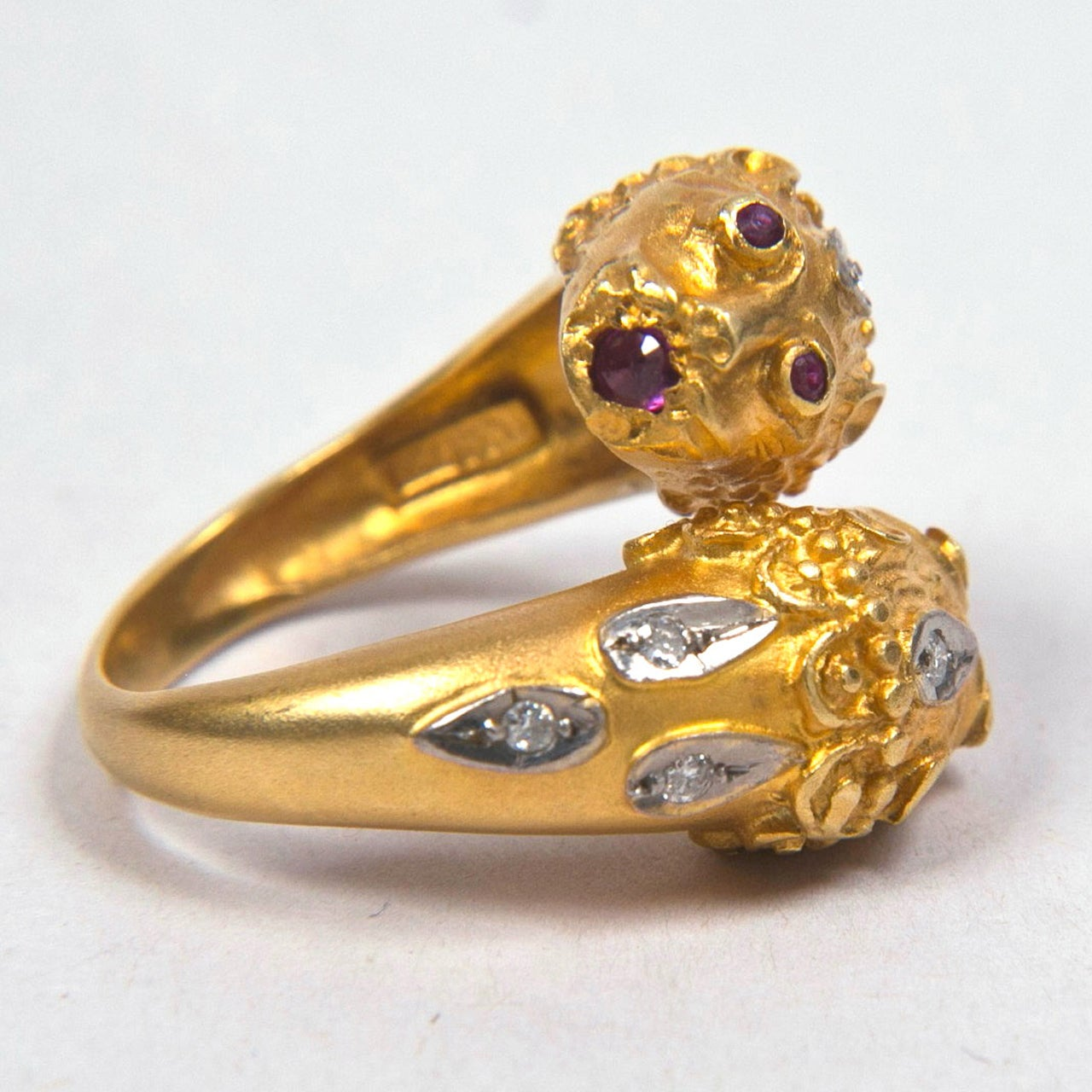 Women's Double Lion Gold Ring Presented by Carol Marks For Sale
