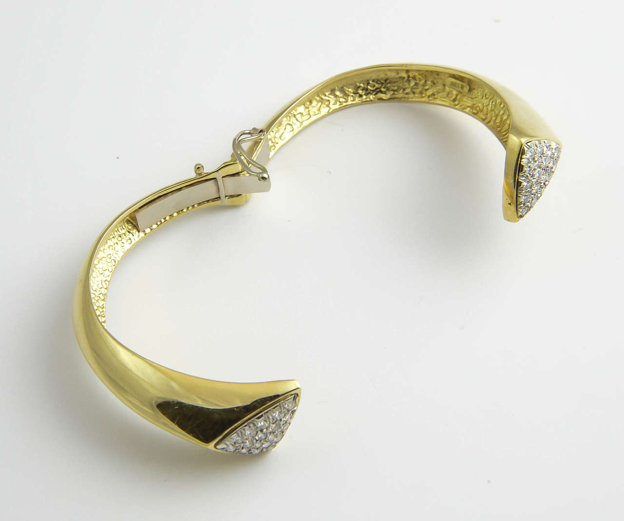 1970s Diamond Gold Bangle Bracelet For Sale 3
