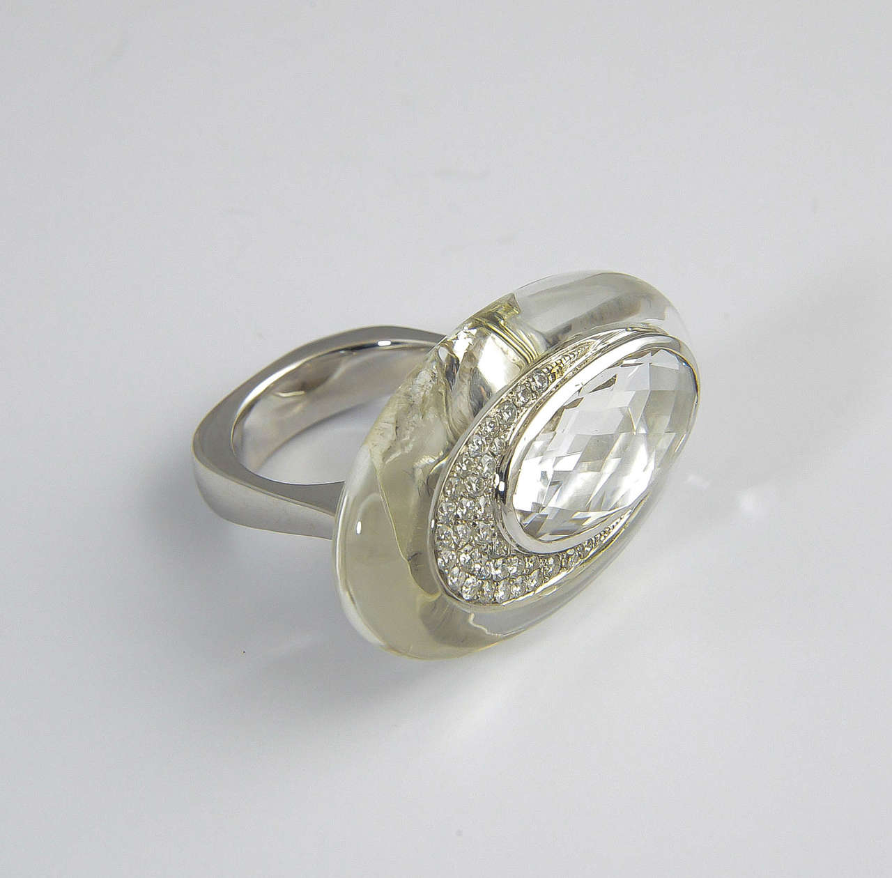 contemporary rock white topaz gold ring