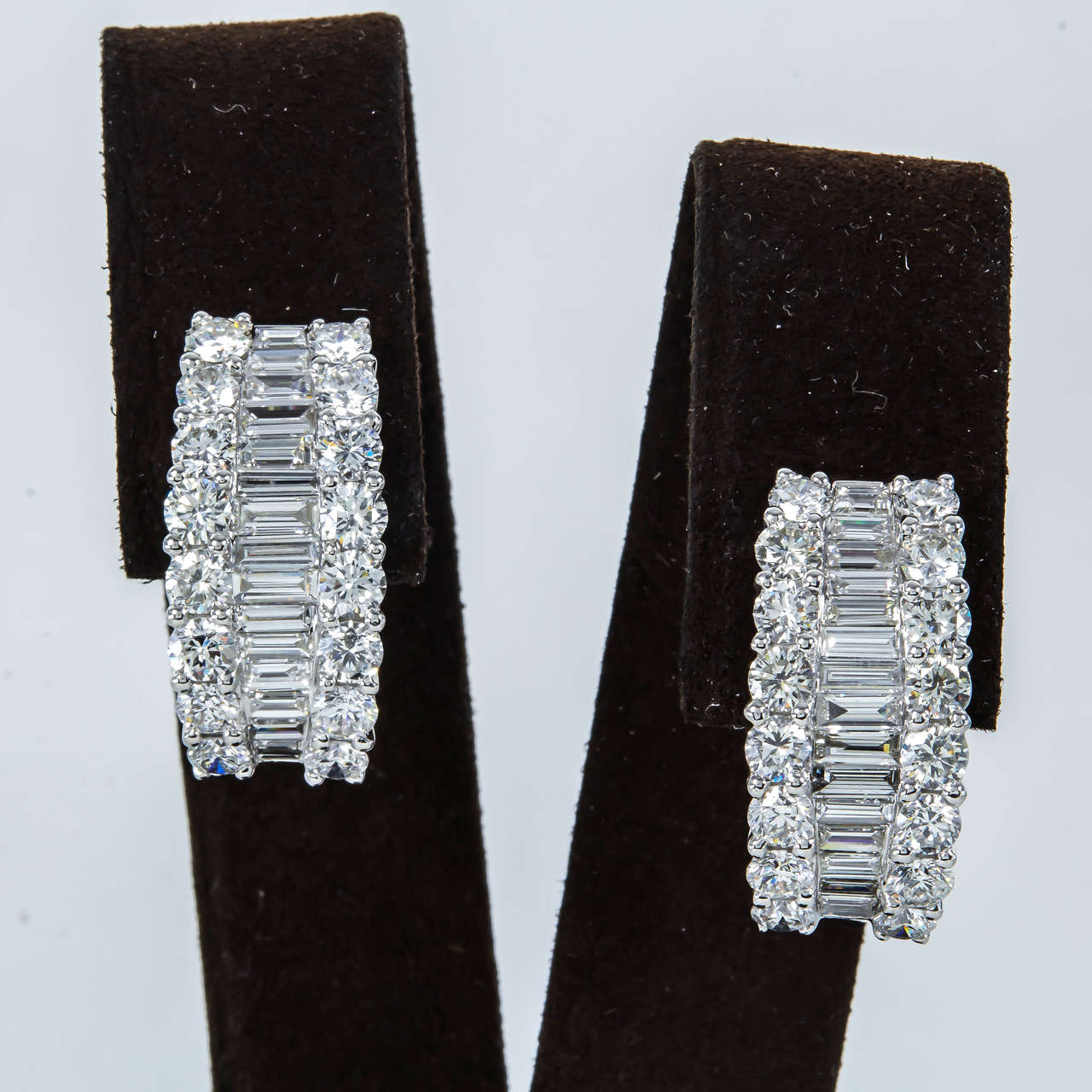 Baguette And Round Diamond Gold Huggie Hoop Earrings In New Condition For York