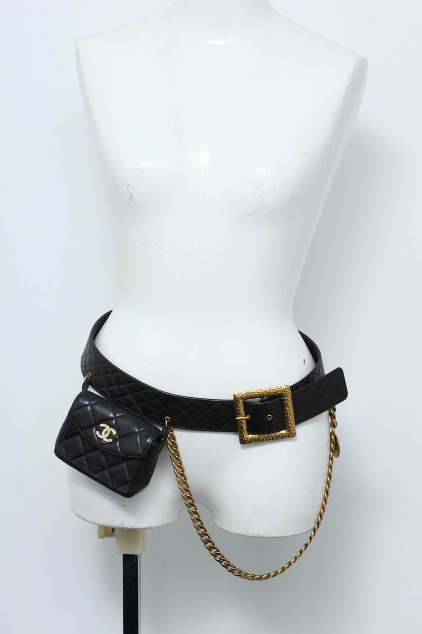 Vintage Chanel Belt with Pack and Gold Chain 3