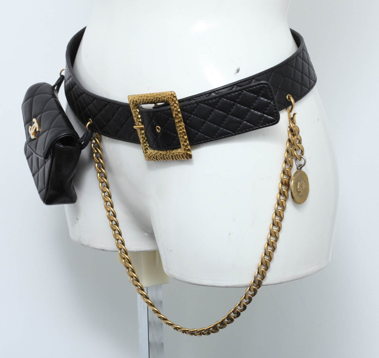 Vintage Chanel Belt with Pack and Gold Chain 6