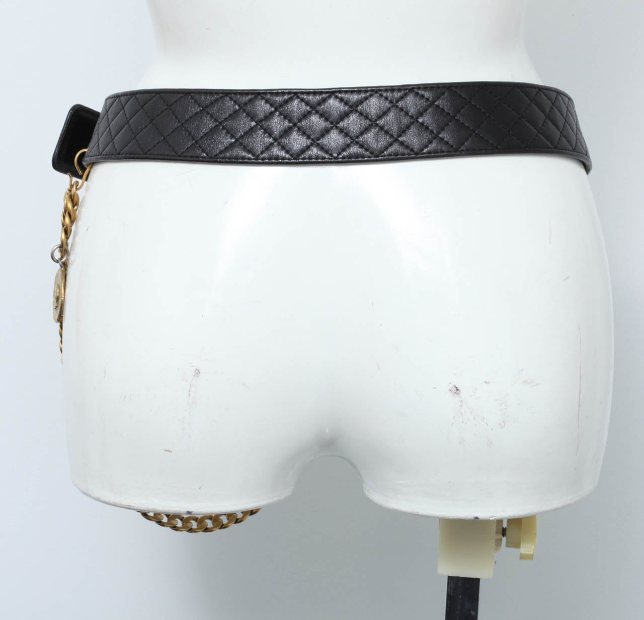 Vintage Chanel Belt with Pack and Gold Chain 8