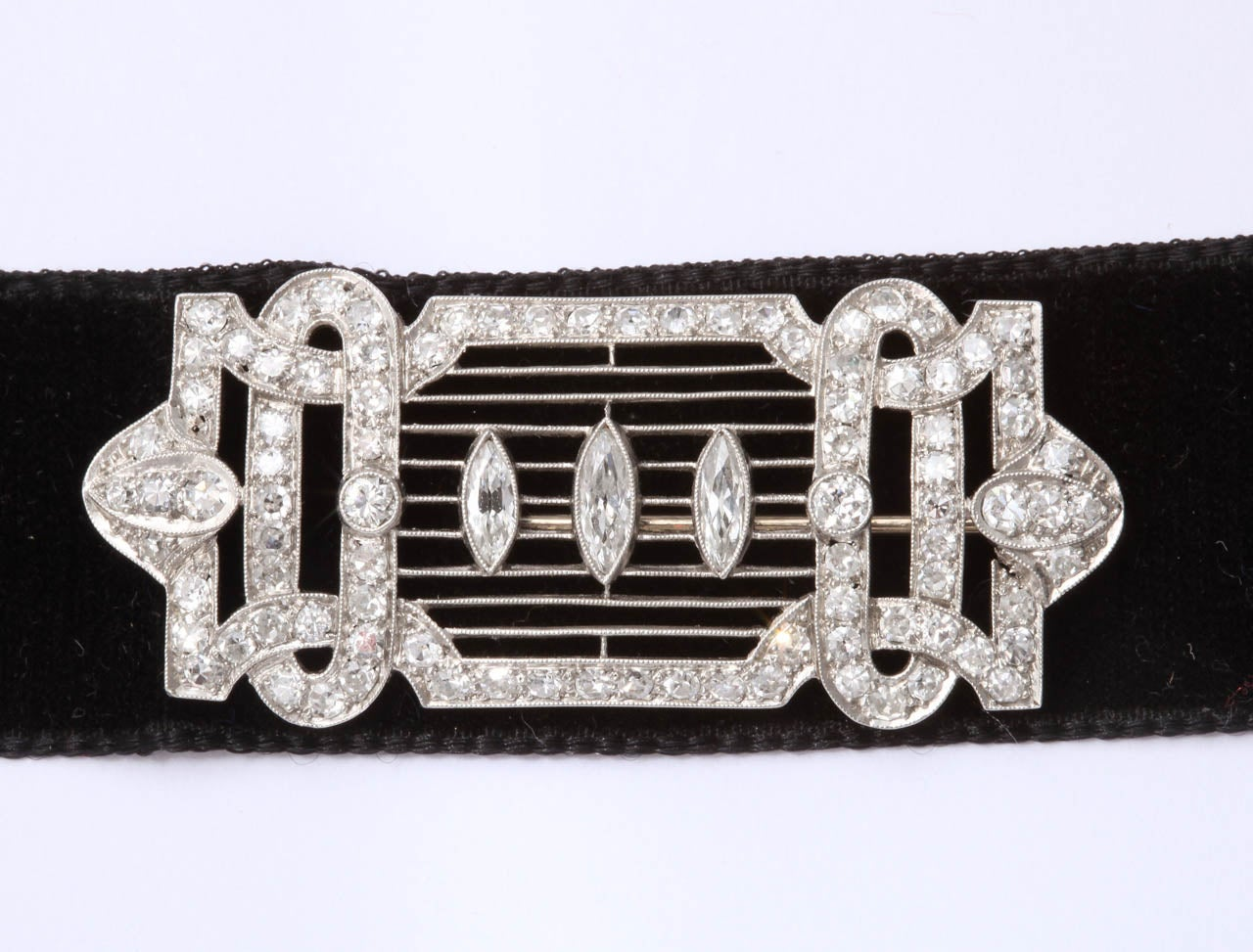 Art Deco Diamond Brooch In Excellent Condition For Sale In Hastings on Hudson, NY