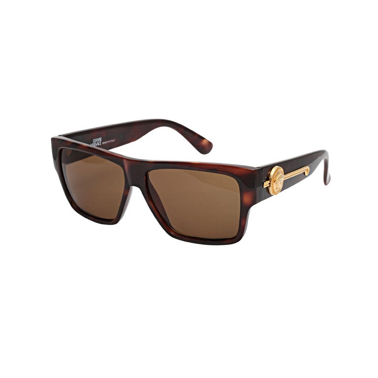 bd23b94a5b1 Gianni Versace Tortoise Sunglasses Mod 372 DM For Sale at 1stdibs