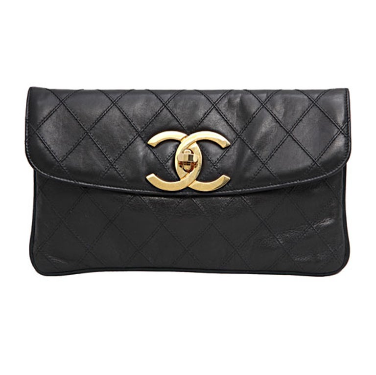 CHANEL QUILTED CLUTCH BAG 1