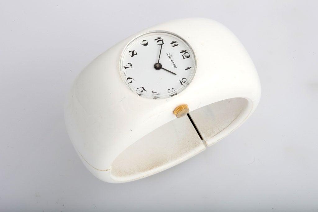 Mod White Resin Swiss Bangle Watch 2