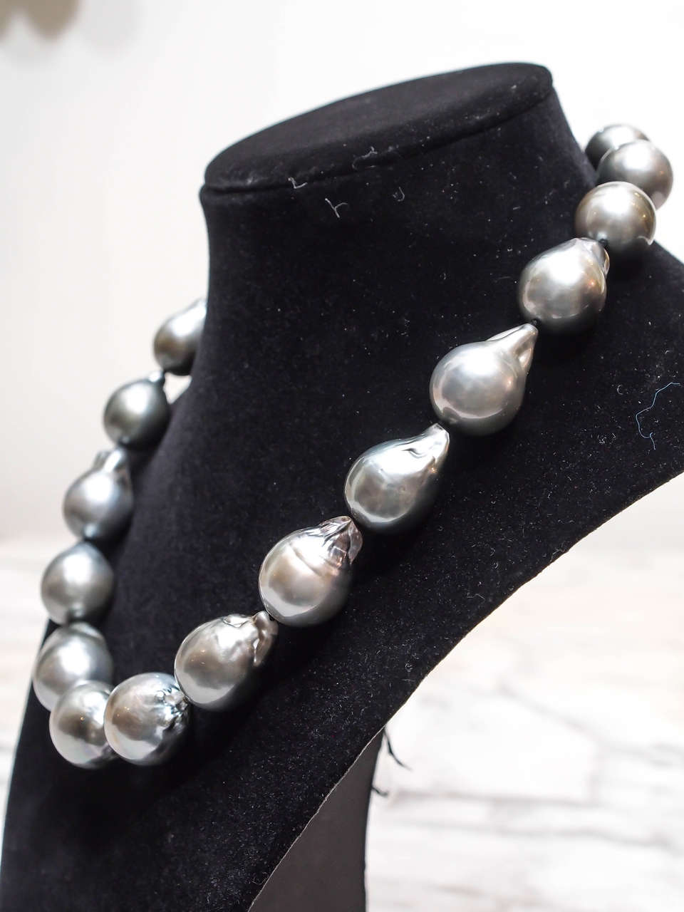 Magnificent Baroque Silver Grey South Sea Pearl Necklace 4
