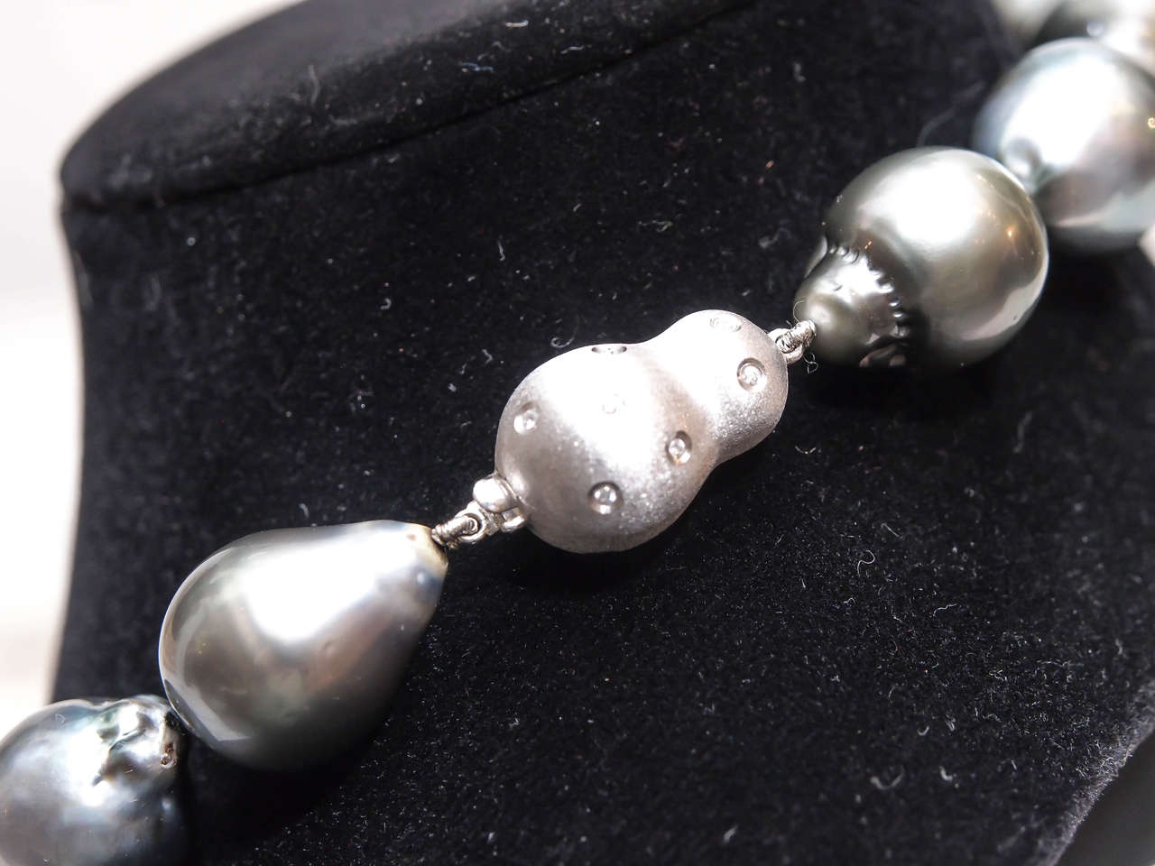 Magnificent Baroque Silver Grey South Sea Pearl Necklace 5