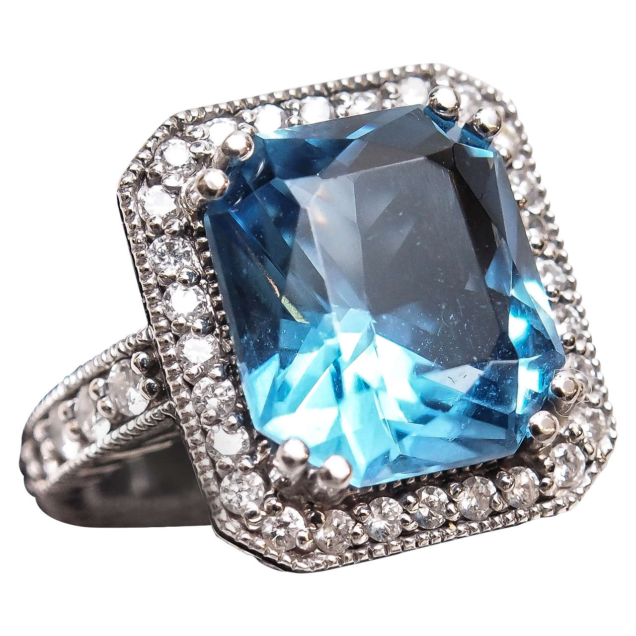 Beautiful Swiss Blue Topaz Diamond Gold Ring