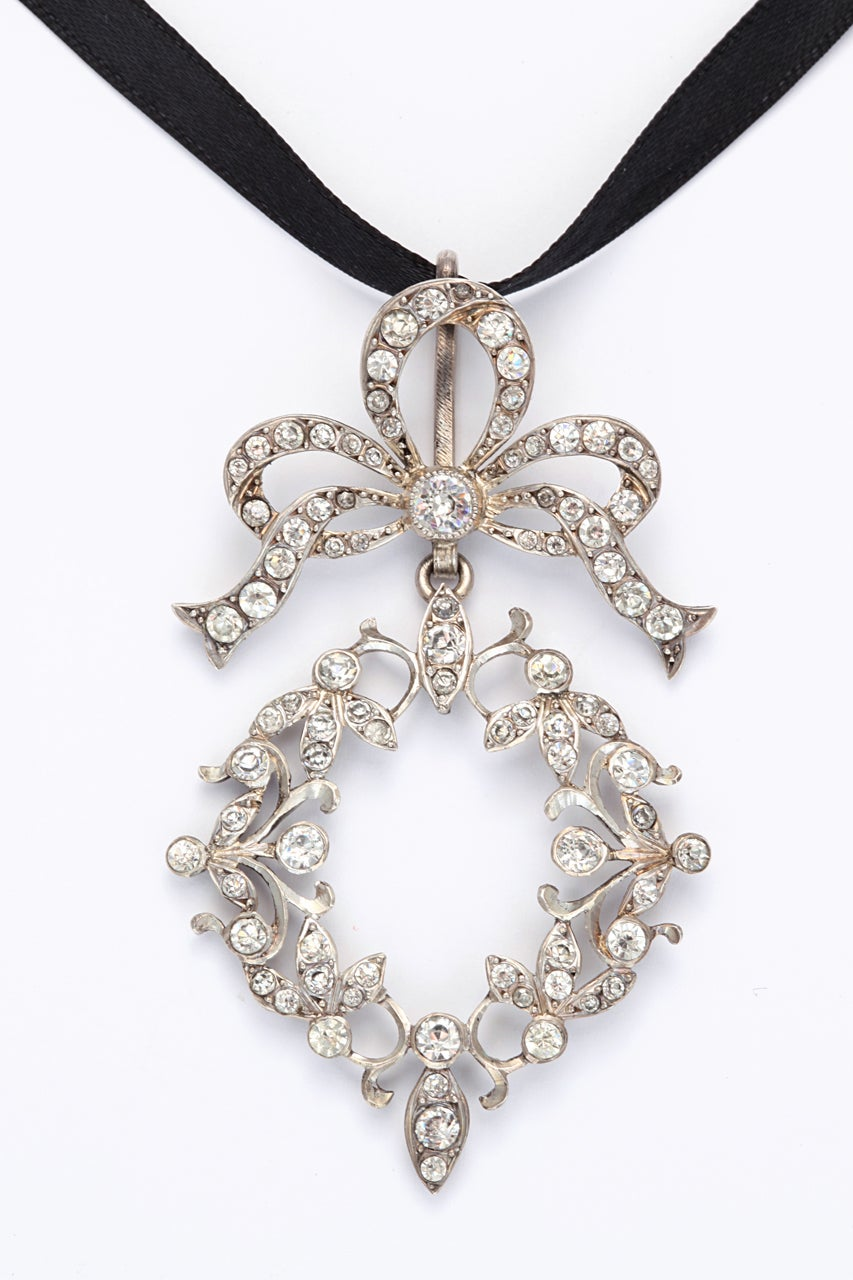 French Art Nouveau Sterling Silver and Paste Pendant For Sale 2