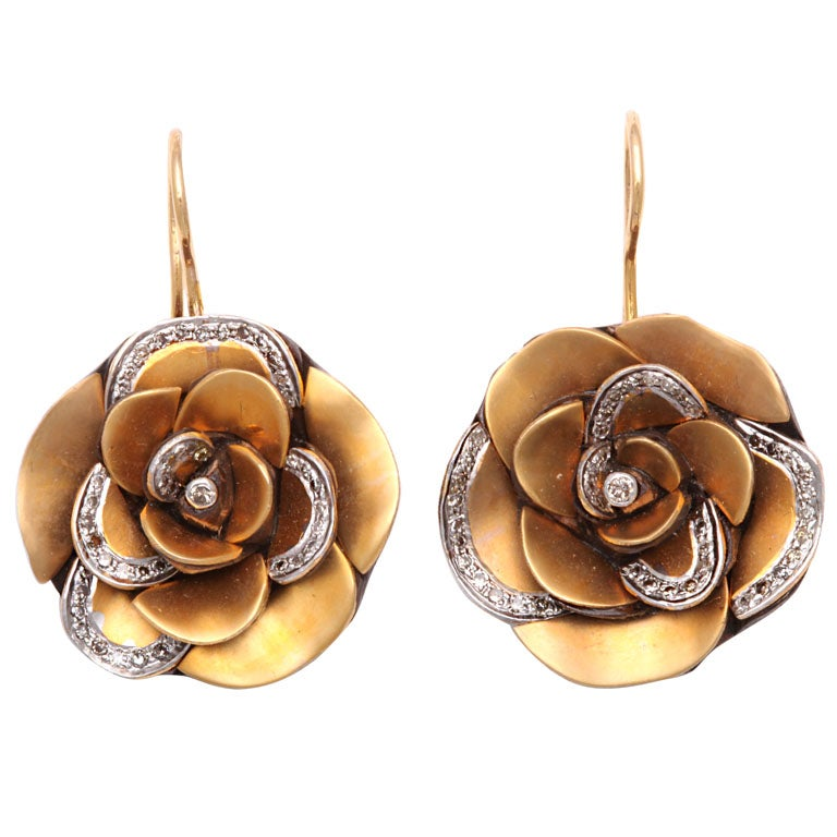Modern  Gold  Rose Flower Earrings with Diamond Petals 1