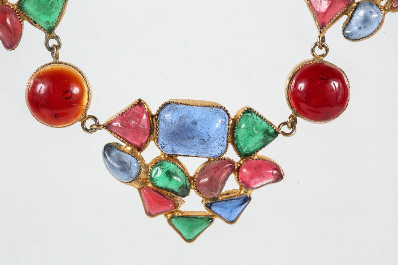 Beautiful & Colorful Gripoix Necklace attributed to Chanel For Sale 1