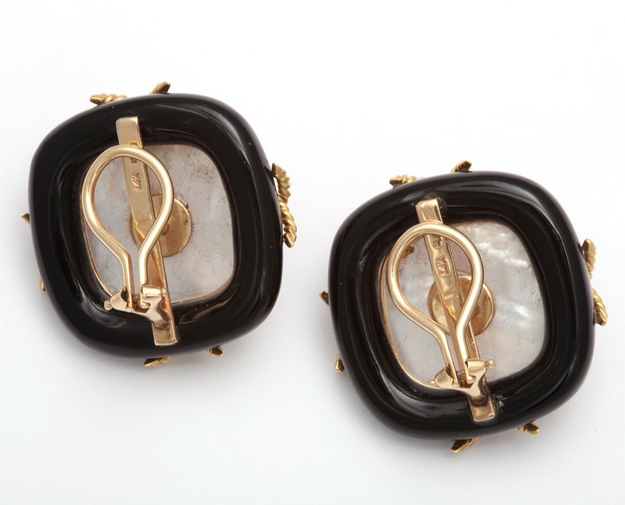 Black Onyx Pearl & Gold Clip on Earrings For Sale 1