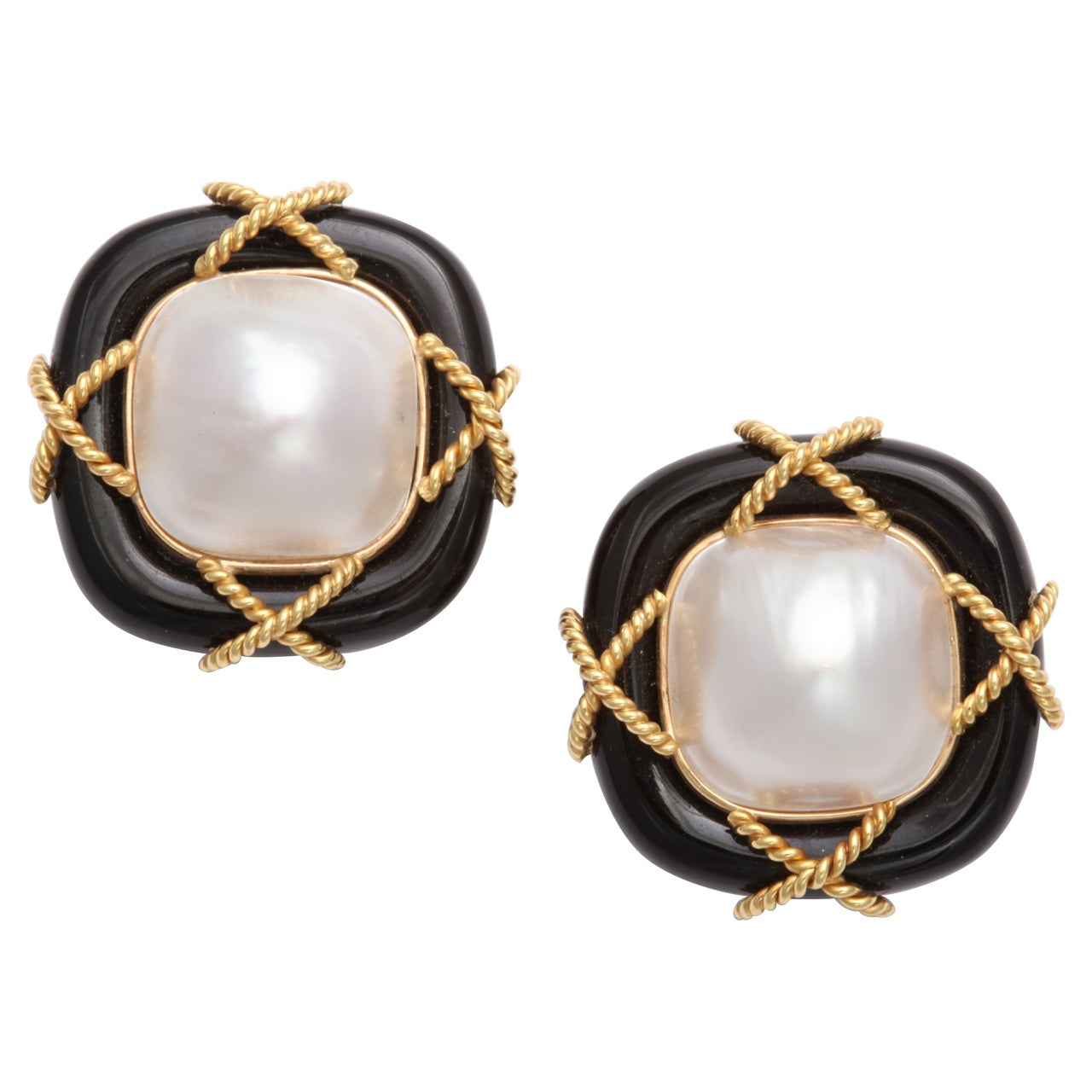 Black Onyx Pearl & Gold Clip on Earrings For Sale