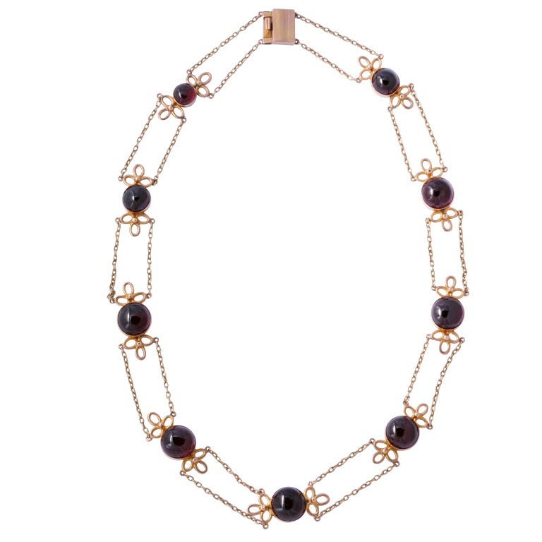 EARLY  CABOCHON GARNET &GOLD NECKLACE