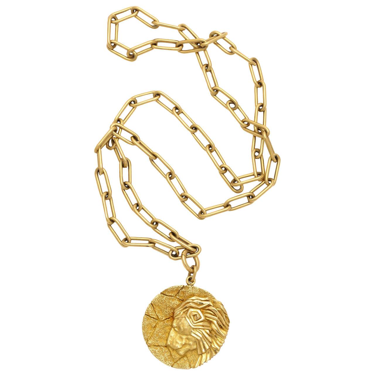 Tiffany and co gold zodiac leo pendant and chain necklace at 1stdibs tiffany co gold zodiac leo pendant and chain necklace 1 audiocablefo light Images