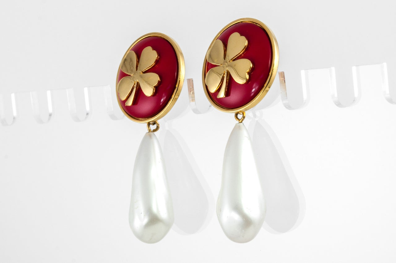 """Chanel """"Pearl"""" Drop Clover Ear Clips For Sale 2"""