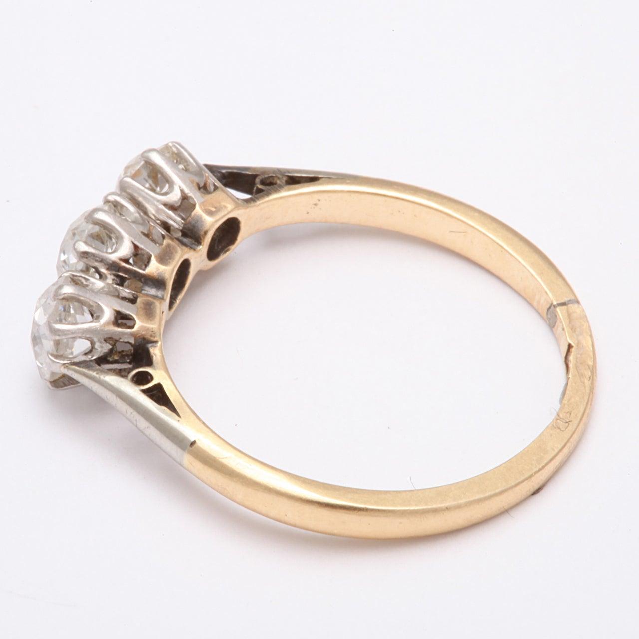 Women's Antique Victorian Three-Stone Old Mine Diamond Ring For Sale
