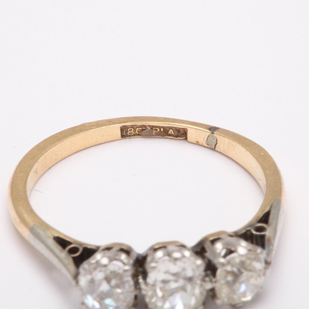 Antique Victorian Three-Stone Old Mine Diamond Ring For Sale 1