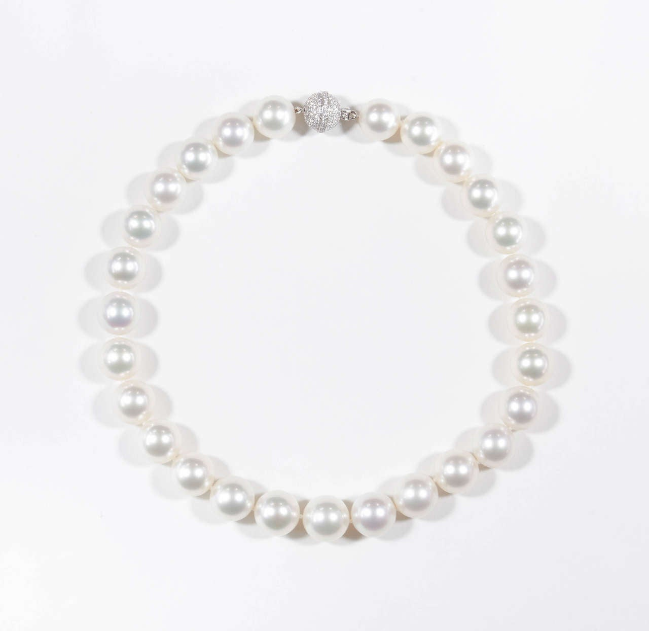 Important South Sea Pearl Necklace with Diamond Clasp 2