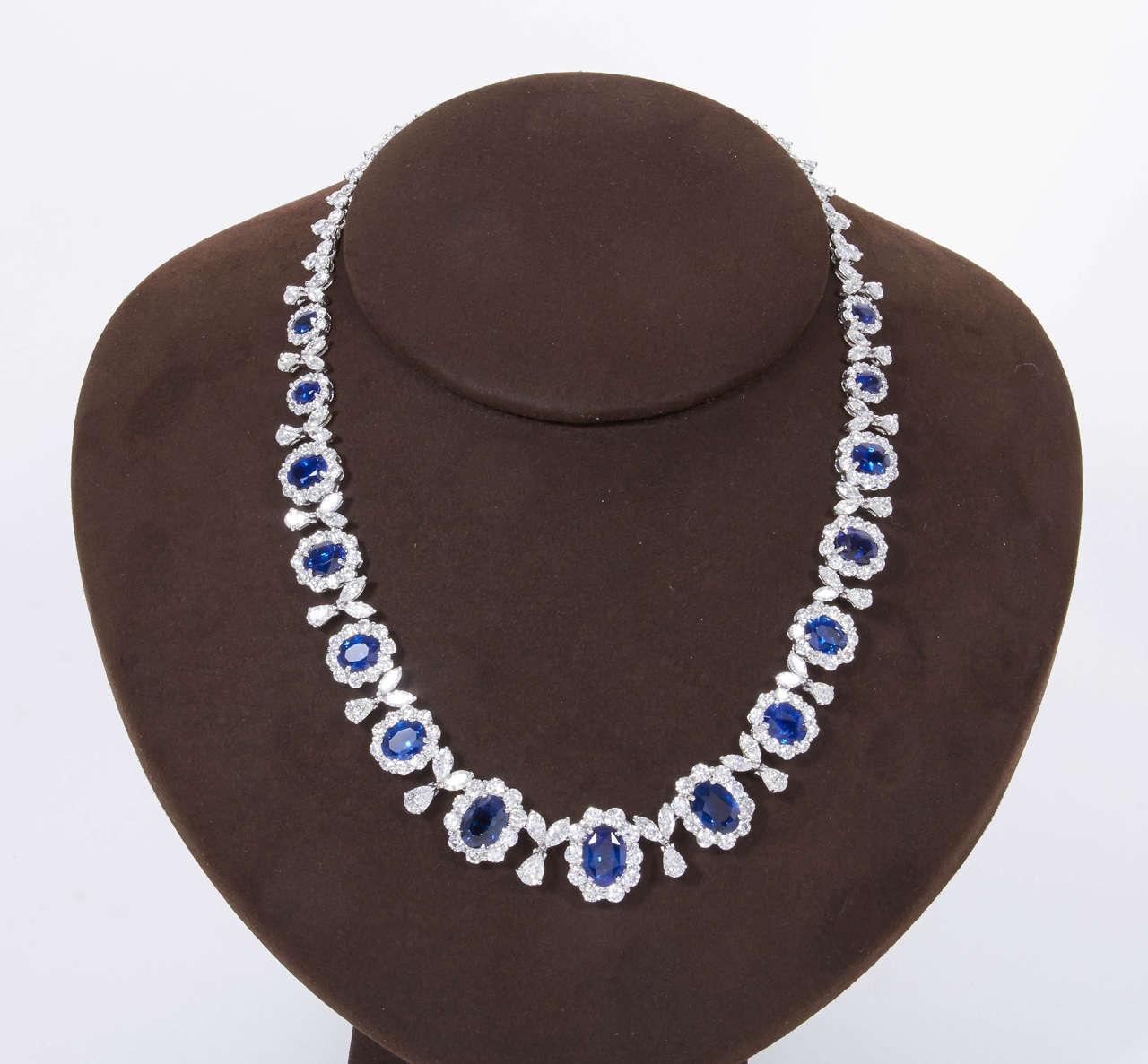 Women's Classic Sapphire Diamond Gold Necklace For Sale