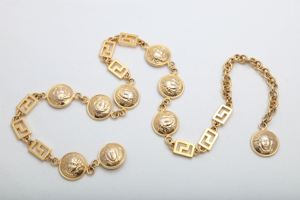 GIANNI VERSACE GOLD MEDUSA CHAIN BELT/NECKLACE image 2